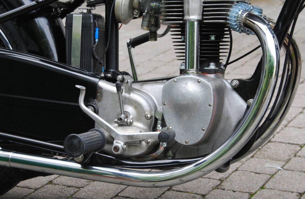 Auspuffkrümmer für das Motorrad Horex Regina